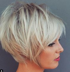 """Lass die Leute mal gucken! 12 pfiffige Kurzhaarfrisuren zum Verlieben! [ """"Hey ladies, do you want to see most attractive short haircut pictures? If you are, check these galery of 20 Best Short Hair Styles ideas. If you want to."""", """"Since pixie haircut is very popular among women why not change a bit of your pixie cut? In this post you will find Short Funky Pixie Hairstyle that make you"""", """"Here are the Face Framing Short Layered Haircut Ideas that can be really inspiring for you to go for..."""