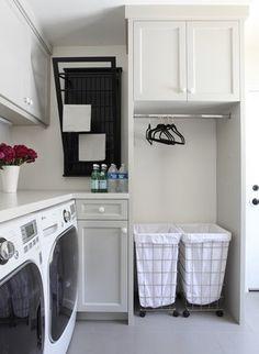 Поддержание порядка в доме – это непростая задача. Отсутствие хозяйственного помещения в доме может привести к не очень гармонично организованной среде. Хозяйственное помещение это больше, чем просто прачечная. Она несет много функций: стирка, сушка, глажка, хранение бытовой химии и предметов для уборки дома, ремонт одежды и некоторые другие, по потребностям хозяек