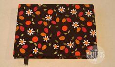 Cuaderno artesanal forrado - 80 hojas A6 blancas lisas - margaritas -