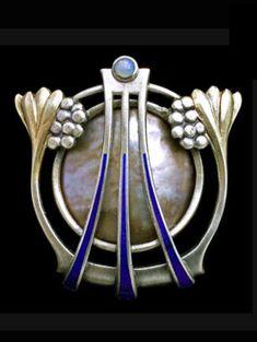 Georg Adam Scheid 'Vienna Secession' brooch, silver, part gilt enamel, opal and… Jewelry Crafts, Jewelry Art, Antique Jewelry, Vintage Jewelry, Jewelry Design, Fashion Jewelry, Belle Epoque, Bijoux Art Nouveau, Art Nouveau Jewelry