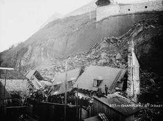 Photo montrant le cap Diamant et les maisons détruites par le glissement rocheux survenu à Québec, en 1889