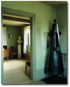 Decorating With Celadon Green For A 1700′s Feel