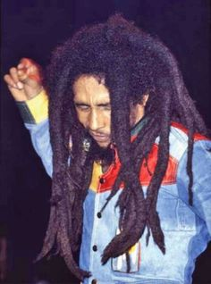 Bob Marley, feel the music Bob Marley Legend, Reggae Bob Marley, Rasta Art, Bob Marley Pictures, Marley Family, Jah Rastafari, Robert Nesta, Nesta Marley, Bob Marley Quotes