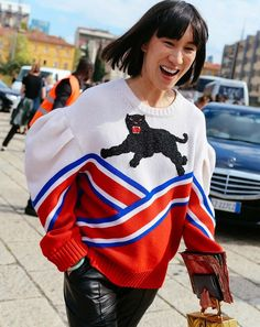 The street style trend that's taking over Milan and London Fashion Week 2017. (Eva Chen in a Gucci sweater.)