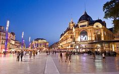 Montpellier, the most seductive city in the French south at any time, is elegant and cultured, with an autumn sun warm enough to sit out on its squares.