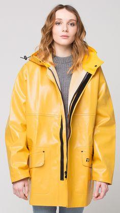 image Vinyl Raincoat, Pvc Raincoat, Yellow Coat, Yellow Raincoat, Rainy Day Fashion, Country Wear, Rain Gear, Rain Jacket, Leather Jacket