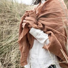 Kathryn Davey Naturally dyed irish linen textiles homeware and accessories. Sustainably dyed using natural plant extracts