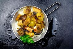 Pic: Brussels sprouts with tofu and mushrooms accompani