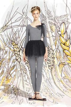 totallook#14  за первую позицию, смешную балетную пачку, правильные балетки и серое трико  Red Valentino Spring 2014 Ready-to-Wear Collection Slideshow on Style.com