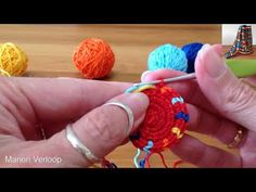 There are two different ways to crochet the stitch. First I show both pull throughs yarn over. And then I show the first pull through yarn over and the secon. Form Crochet, Crochet Yarn, Crochet Stitches, Boho Tapestry, Tapestry Crochet, Mochila Crochet, Crochet Hooded Scarf, Crochet Buttons, Crochet Purses