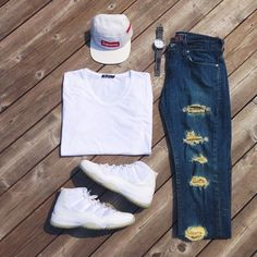 Outfit grid - Ripped denim