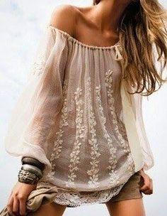bohemian boho style hippy hippie chic bohème vibe gypsy fashion indie folk dress I Love Vintage Hippie Chic, Estilo Hippie, Modern Hippie, Gypsy Style, Hippie Style, Bohemian Style, Bohemian Shirt, Boho Gypsy, Look Boho
