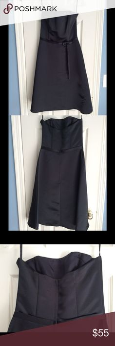 """Jessica McClintock Strapless Black Satin Dress Sz4 Classic black satin Strapless dress by Jessica McClintock w sweet bow detail at waist. Sz 4. Worn once to a wedding. Measures approx 34"""" long and has stays in bodice. I am happy to consider offers but please no trades! ⚫️ Jessica McClintock Dresses Strapless"""