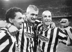 Fabrizio Ravanelli with Roberto Baggio and Gianluca Vialli Football Stickers, Football Cards, Turin, Roberto Baggio, Everton Fc, Juventus Fc, Dream Team, Football Players, Old Women
