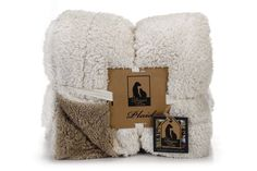 Designed By Lotte Pluche Plaid Wush Beige/Bruin Winter Hats, Quilt, Home And Garden, Beige, Throw Pillows, Natural Materials, Pets, Furniture, Lily