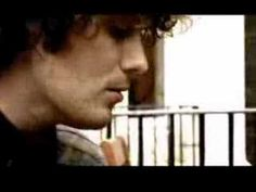 Jon Fratelli performing an acoustic version of Whistle For The Choir. Much Music, Music Love, The Fratellis, Saddest Songs, My Favorite Music, David Bowie, Choir, Savage, Acoustic