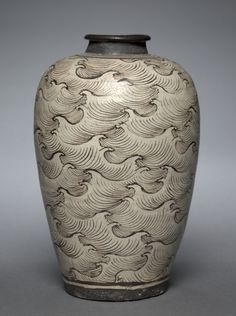 Vase with Waves    China (Southern Song or Yuan Dynasty)    The Cleveland Museum of Art
