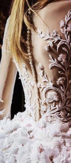 Georges Hobeika Haute Couture Paris, Haute Couture Fashion, Couture Details, Fashion Details, Fashion Design, Bridal Elegance, Masquerade Wedding, Rose Pale, Chic Wedding