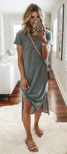gray dress - Spring and Summer Outfit Ideas for Women - Modetrends Mode Outfits, Casual Outfits, Fashion Outfits, Gray Outfits, Casual Summer Outfits For Women, Spring Outfits Women Over 30, Casual Summer Clothes, Boho Chic Outfits Summer, Comfortable Summer Outfits