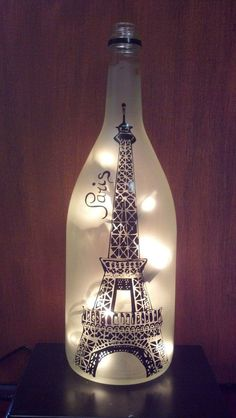 Eiffel Tower Paris Recycled Wine Bottle Lamp von CountryCrafts14 #Lamps #BottleLamp