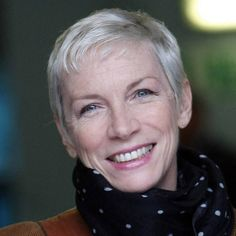 """Annie Lennox 