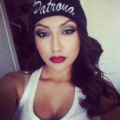 Perfect chola make up. If only they would all follow this style.