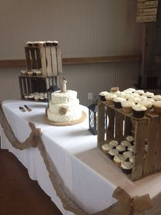 Rustic Wedding Cupcake Display  / http://www.himisspuff.com/country-rustic-wedding-ideas/8/