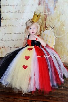 Seriously cute Red Queen Alice In Wonderland Halloween tutu costume for girls.
