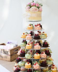 Delicious cakes for a beautiful at-home wedding by @especiallyamy Cakes by @lepapillonpatisserie