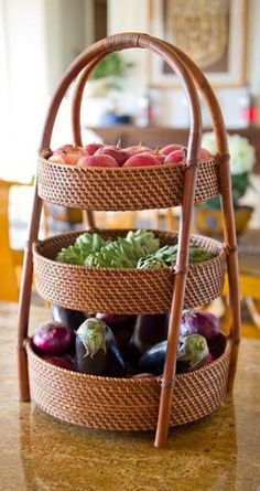 Fruit basket for kitchen counter storage beautiful your home bedroom furniture ideas with gift diy ki Kitchen Counter Storage, Countertop Organization, Counter Top, Organization Hacks, Tiered Fruit Basket, Tiered Server, Tiered Stand, Vegetable Basket, Deco Originale