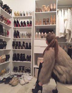 50 amazing shoes rack design ideas that are trending today 51 Related Best Shoe Rack, Mode Shoes, Luxury Closet, Luxury Wardrobe, Walk In Wardrobe, Rack Design, Trending Today, Luxe Life, Dream Closets