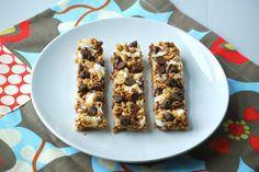 Chewy S;mores Granola Bars ~ wonderful alternative to those processed bars from the store!