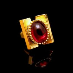 Rare #MidCentury #Trifari Red Glass Stone #Cocktail #Ring from #MyClassicJewelry #GotVintage