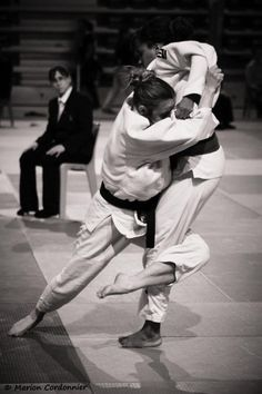 Judoka - The Effective Pictures We Offer You About Martial Arts Women costume A quality pict Best Martial Arts, Martial Arts Styles, Martial Arts Techniques, Martial Arts Women, Judo, Karate Moves, Female Martial Artists, Combat Sport, Brazilian Jiu Jitsu