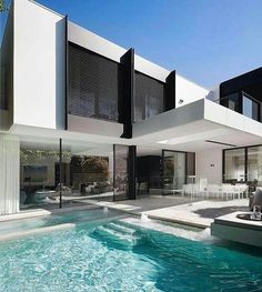 Modern pool #contemporaryarchitecture #modernpoolarchitecture