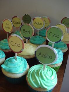 Cutest little goodbye cupcakes ever! Farewell Party Decorations, Farewell Parties, Farewell Cake, Farewell Gifts, Goodbye Party, Goodbye Gifts, Retirement Parties, Birthday Parties, Moving Away Parties