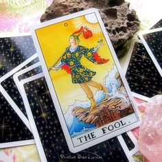 The Fool from the Universal Waite Tarot / Photo © www.VioletAura.com