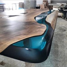 Walnut Wood Epoxy Resin Table - - DIY Furniture Couch Ideen - New epoxy web Epoxy Wood Table, Epoxy Resin Table, Diy Epoxy, Wood Tables, Epoxy Table Top, Diy Furniture Couch, Resin Furniture, Wooden Furniture, Woodworking Furniture Plans