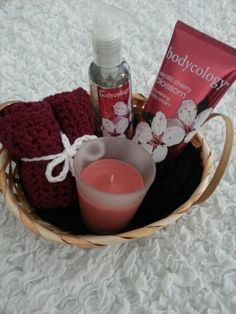 Soft handmade set of 2 wash cloths. Made with 100% cotton yarn, in a deep burgundy color! Washcloths approx 7.5 x 7.5 inches. Also included Exotic Cherry Blossom hand soap and lotion from Bodycology and Cinnamon scented candle. Makes a lovely Christmas or birthday gift, or a special treat for yourself! If you are looking for specific colors or patters for the washcloths, send me a message and I will do my best to get you what you want. Thanks for looking!    For custom orders please allow…