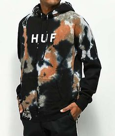 Get a new look this season with the OG Logo Black Tie Dye Hoodie from HUF. Made with a super soft cotton blend, this black and brown tie dye sweatshirt offers a fuzzy fleece lined interior, a kangaroo pouch pocket and a drawstring adjustable hood. Tie Dye Shirts, Tie Dye Sweatshirt, Band Shirts, Custom Clothes, Diy Clothes, Clothes Refashion, Bleach Tie Dye, Bleach Pen, Tie Dye Fashion