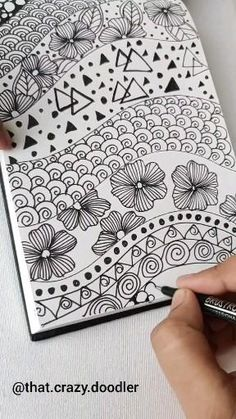 Zen Doodle Patterns, Doodle Art Designs, Easy Patterns To Draw, Easy Zentangle Patterns, Doodle Art Drawing, Zentangle Drawings, How To Zentangle, Doodle Doodle, Mandala Doodle