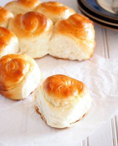 These milk bread are soft and fluffy rolls that are mildly sweet, making them versatile for pairing with your choice of jam, spreads or even with just a plain cup of coffee. Milk Bread Recipe, Banana Bread Recipes, Bread Bun, Bread Rolls, Homemade Dinner Rolls, Homemade Breads, Bread And Pastries, Artisan Bread, Sweet Bread