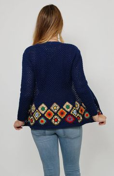 Granny Square Crochet Cardigan Pattern Ideas for Summer or Winter Part crochet - Granny Crochet Coat, Crochet Cardigan Pattern, Crochet Jacket, Crochet Clothes, Crochet Patterns, Knitting Patterns, Hippie Pullover, Point Granny Au Crochet, Granny Square Sweater
