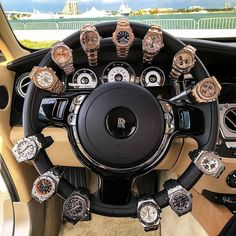 Ying-Yang Wheel #TGIF Special for my Rolls Tag a friend who'd be orgasmic over this arrangement