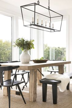 Lighting Dining Room Design Ideas You Need to Try - Lighting is one significant piece of a room, including the dining room. That is the reason you need the best possible lighting dining room design thou. Luxury Dining Room, Dining Room Design, Dining Room Furniture, Dining Room Table, Dining Area, Kitchen Design, Ikea Table, Plywood Furniture, Dining Rooms