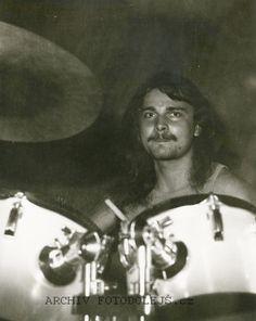 1988, Astilla, ME