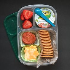Homemade Lunchables are a big hit this week. Packed in EasyLunchboxes are: straw… Homemade Lunchables are a big hit this week. Packed in EasyLunchboxes are: strawberries, Mott's® applesauce, pepperoni, cheese and whole wheat crackers. Enjoy your Tuesday! Snacks Für Party, Lunch Snacks, Lunch Recipes, Baby Food Recipes, Plane Snacks, Lunch Meal Prep, Healthy Meal Prep, Healthy Snacks, Healthy Eating