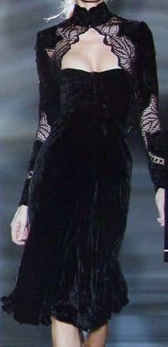 Velvet Fashion, Dark Fashion, High Fashion, Lace Outfit, Lace Dress, Couture Fashion, Runway Fashion, Black Velvet, Mode Chic
