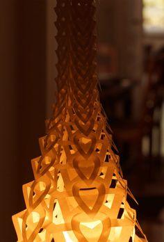 Hendrike Roers Lucella</em> lamp. Japan paper