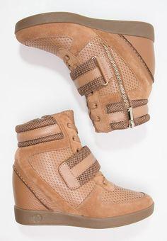 Hoge sneakers Armani Jeans Sneakers hoog - camel/tannin camel: 209,95 € Bij…